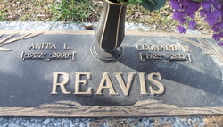 Anita L <i>Bennett</i> Reavis