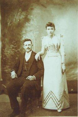 Annie Margaret <i>Lawrence</i> Long