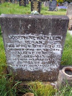 Bessie Florence Josephine <i>Regan</i> Farmer