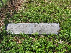 Bethenia Andrews <i>Lavender</i> Blythe