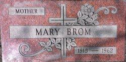Mary <i>Czerniak</i> Brom