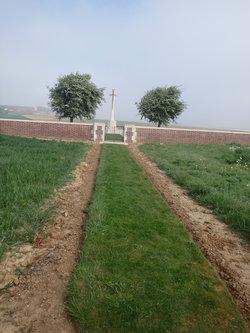 Gomiecourt South Cemetery