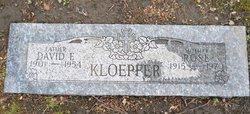 Rose <i>Labik</i> Kloepfer