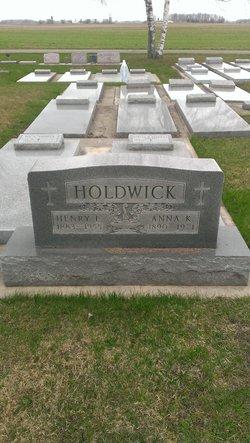 Henry L Holdwick
