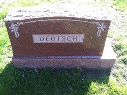 Henry J Deutsch, Sr