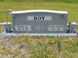 Ruth Evelyn <i>Burris</i> Boy Satterfield
