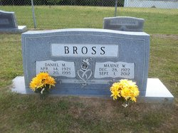 Maxine <i>Webb</i> Bross