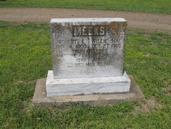 Robert E Meeks