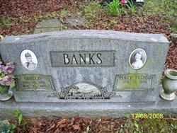 Gordon Banks
