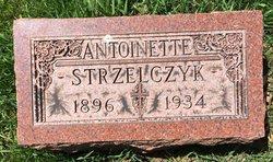 Antoinette Strzelczyk