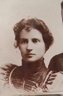 Elizabeth Lily <i>Dyer</i> Maier