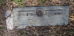 Dorothy <i>Cross</i> Daniel