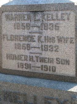 Warren L Kelly