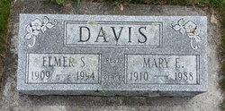 Mary Elizabeth <i>Carr</i> Davis