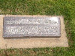 Jane Elizabeth <i>Kinghorn</i> Taylor