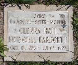 Glenna <i>Hall</i> Bardgett