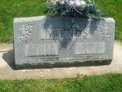 Marlys Marie <i>Zeran</i> Arends