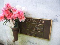 Johnnie Weborn Bradshaw