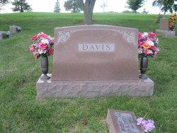 Alvin Davis, Sr
