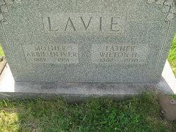 Abbie <i>Oliver</i> Lavie