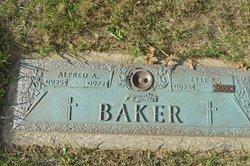 Lyle <i>Kendig</i> Baker