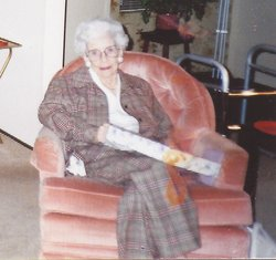 Mary Helen <i>Decker</i> Dearbaugh