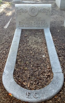 Edward Chaska