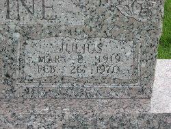 Julius Devine