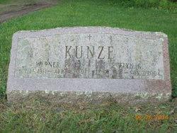 Werner P. Kunze