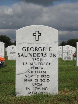 George E Saunders, Sr