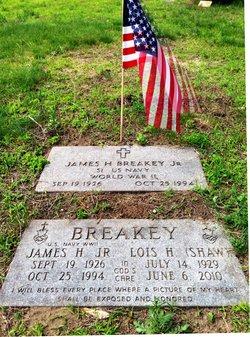 Lois H <i>Shaw</i> Breakey