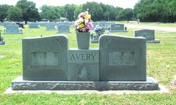 Annie Belle <i>Holton</i> Avery