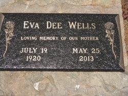 Eva Dee <i>Everett</i> Wells