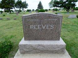Dr Arthur Reeves