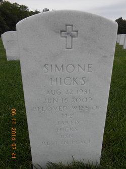 Simone Hicks