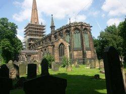 St Peter and St Paul Churchyard, Aston