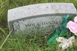 Viola <i>Johnson</i> Daniels
