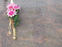 Annie P. <i>Ogle</i> Vain