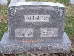 Daniel Miner