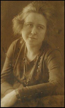 Eva Irene Irene <i>Hanes</i> Pierce