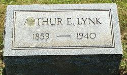 Arthur E Lynk