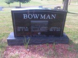 Harold W Bowman, Sr