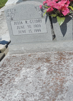 Julia <i>Richard</i> Guidry
