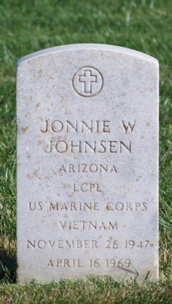Johnnie W Johnsen