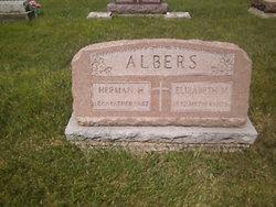 Elizabeth M <i>Obringer</i> Albers