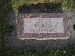 Cecil R Curtis