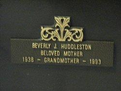Beverly Jean <i>Wikel</i> Huddleston