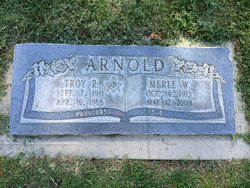 Merle Nana <i>Watson</i> Arnold