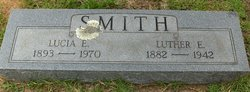 Luther E Smith