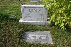 Balbina <i>Tryba</i> Bronk